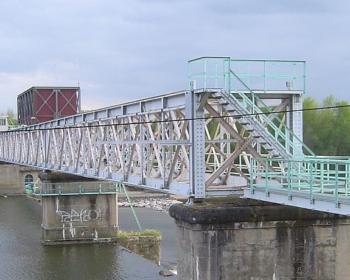 Barrage hydroélectrique à Saint-Léger-des-Vignes