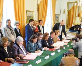 Signature du Pacte Territorial de la Nièvre le 15 février 2019 à Nevers en présence notamment de Nadia SOLLOGOUB, Agnès BUZYN et Jacqueline GOURAULT