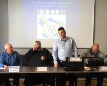 Assemblée Générale des Artisans Taxis de la Nièvre (SDAT58) le 14 avril 2019 à Myennes en présence de Nadia SOLLOGOUB