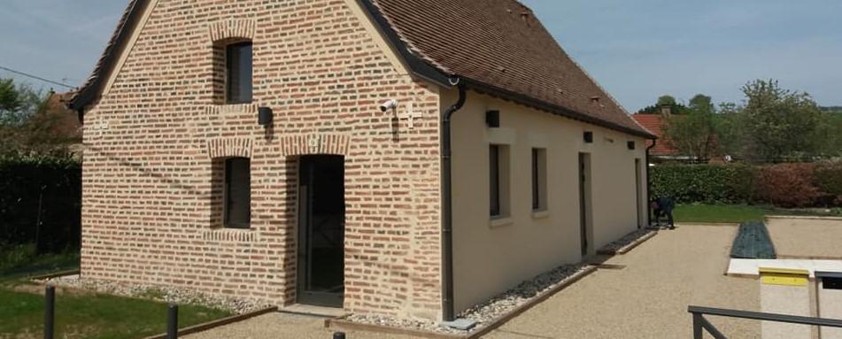 Lieu d'accueil des touristes de la Loire à Vélo sur la commune de Charrin