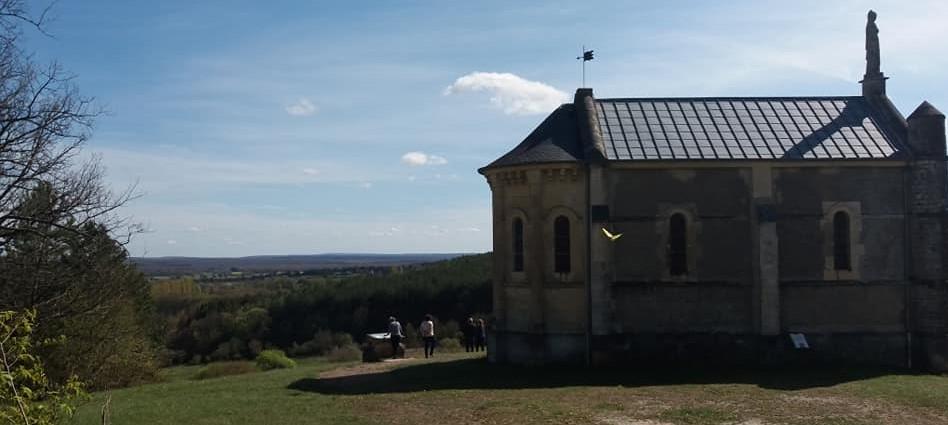 La Chapelle Notre-Dame de la Tête Ronde à Menou
