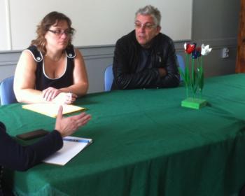 Nadia SOLLOGOUB en mairie d'Oisy entourée du maire Brigitte PICK et des adjoints le 17 avril 2019