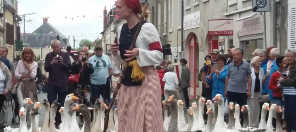 Les oies dans la cavalcade du Comice de Pouilly sur Loire le dimanche 11 août 2019