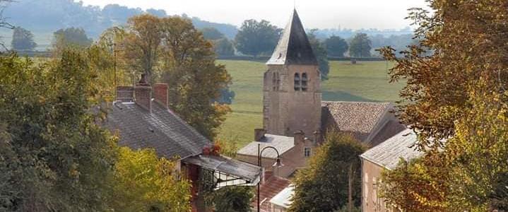 Vue de hauteur sur l'église de Germenay