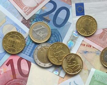pièces de monnaie et billets de banque en euros